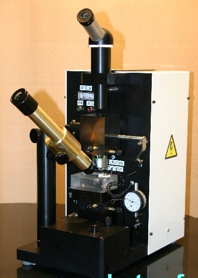 EDM electric discharge machine